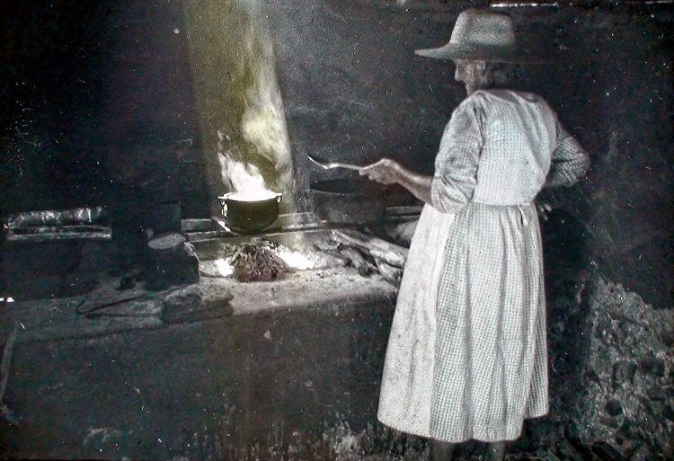 Inagua native woman cooking
